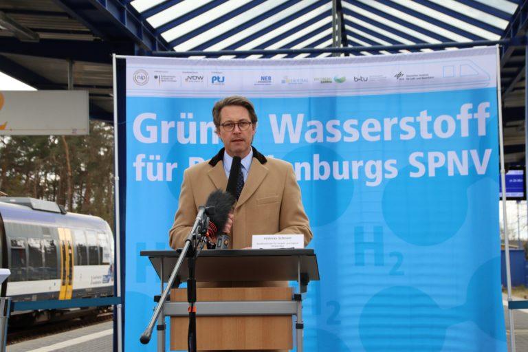 Wasserstoffprojekt Andreas Scheuer BMVI, Foto: NEB